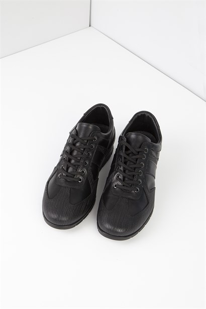 Gaspar Mens Sneaker Black Leather
