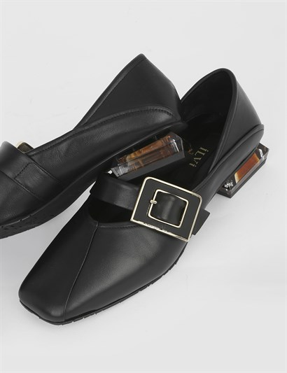 Humo Black Leather Womens Loafer