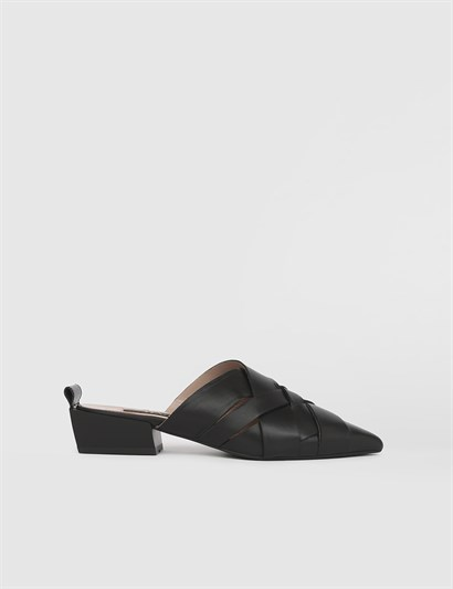 Pier Black Leather Womens Mule