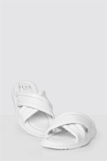 Protei Mens Slipper White
