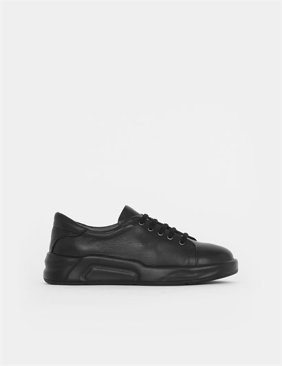 Vena Black Leather Womens Sneaker