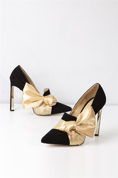 Viola Womens Stiletto Black Suede Gold